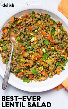 This super versatile lentil salad is a meal-preppers dream. Lentil Salad Recipes, Healthy Salad Recipes, Lunch Recipes, Cooking Recipes, Delicious Recipes, Vegetarian Dinners, Vegetarian Recipes, Cooking Green Lentils, Veg Dishes