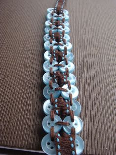 Nicola @ Smitten Kitten: How to make a Button Bracelet! ( make interesting curtain ties) Button Art, Button Crafts, 1 Button, Kumihimo Bracelet, Beaded Jewelry, Handmade Jewelry, Metal Jewelry, Jewelry Necklaces, Ideas Joyería