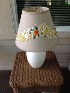 50 Easy DIY Lampshade Ideas to Upgrade Your Boring Lamps Button Lampshade, Fabric Lampshade, Lampshade Ideas, Button Art, Button Crafts, Lamp Shade Crafts, Creative Lamps, Diy Buttons, Glass Material