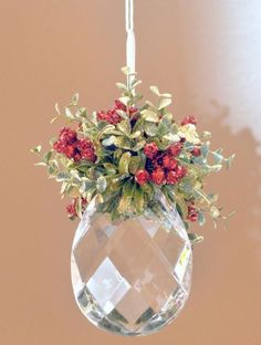 Top 40 Shabby Chic Christmas Decorations - Christmas Celebration - All about Christmas - Christmas Projects Noel Christmas, Winter Christmas, All Things Christmas, Handmade Ornaments, Xmas Ornaments, Ornaments Ideas, Beaded Ornaments, Glitter Ornaments, Handmade Gifts