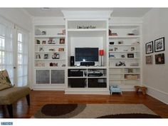 great built-ins in small living room