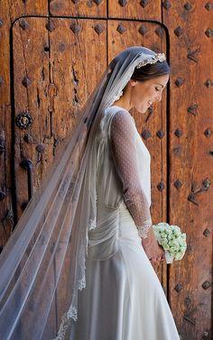 So Romantic Bride Wedding Hair Flowers, Wedding Veils, Wedding Bride, Dream Wedding, Bridal Veils And Headpieces, Wedding Hairstyles With Veil, Headband Hairstyles, Headband Veil, Bridal Dresses