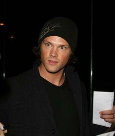 http://images1.fanpop.com/images/image_uploads/Jared-jared-padalecki-946742_440_519.jpg