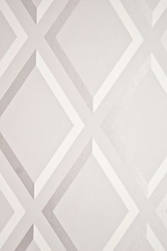 Pompeian Trellis Wallpaper Geometric light Grey and White diamond