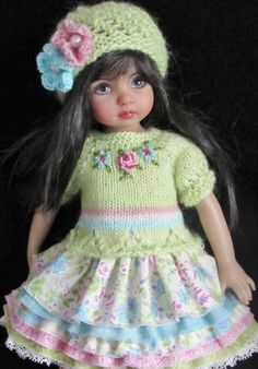 """Made foreffner little darling 13"""" dolls. Hand-knitsweater,hat,sundress, &similar size 13""""dolls. This setincludes:**Hand-knit sweater with embroidered flowers andbutton closuresEither side can be worn as front."""