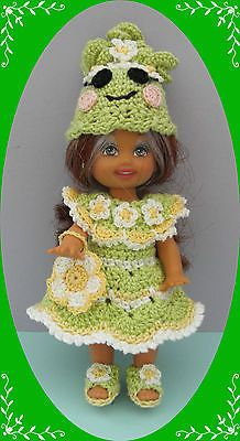 Crochet-Doll-Clothes-White-Flower-Loopsy-Outfit-for-4-Kelly-same-sized-doll