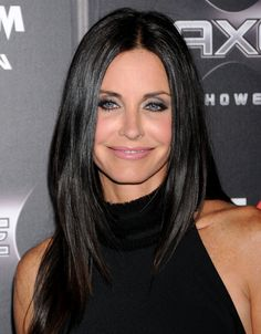 Courtney Cox can rock a smokey eye Courtney Cox Plastic Surgery, Courtney  Cox Hair, cd0d862e443