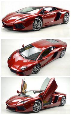 Beautiful Lamborghini Aventador LP 700-4 Rosso