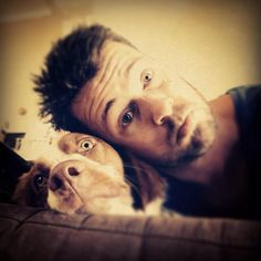 Spartacus ... Dan Feuerriegel as Agron ... cuddeling with a dog <3
