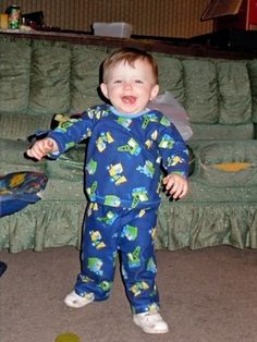 "John: A ""Can Do"" Kid from Kentucky     John loves to run around his living room, chasing after his big brother.     With parents struggling to overcome addiction, heartbreaking poverty and a birth defect, many people might have given up on a little boy from rural Kentucky simply named John. But not the dedicated workers at Save the Children's rural U.S. Programs."