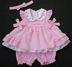 New Sewing Patterns For Kids Dress Diy Baby Ideas Baby Outfits, Little Girl Outfits, Baby Girl Dresses, Kids Outfits, Baby Dress Patterns, Sewing Patterns, Frocks For Girls, Baby Bloomers, Baby Sewing