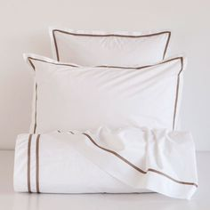 Zara Home New Collection Linen Bedroom, Bedroom Bed, Linen Bedding, Bed Linens, Girl Crib Bedding Sets, Queen Bedding Sets, Coastal Bedding, Luxury Bedding, Master Suite
