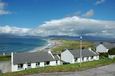 Self-Catering Rossbeigh Beach Holiday Homes overlooking Dingle Bay in County Kerry, Ireland. http://www.irishcottageholidays.com/accommodation-detail/en/cottage-23/Rossbeigh_Beach_Holiday_Cottages
