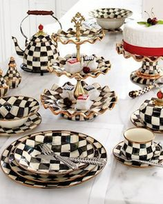 OMG WANT SO BAD. it's like alice dinnerware!!!! // Courtly Check Dinnerware