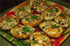 http://amazing-art.ru 6 рецептов фаршированной картошки. 1 рецепт. Ингредиенты: 8 крупных картофелин, 200 гр. ветчины, 150 гр.твердого сыра, стакан сметаны любой жирности, ½ луковицы, ½ пучка укропа и...
