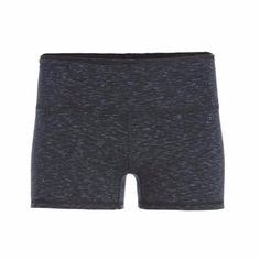 tasc Performance delivers the most comfortable bamboo based workout clothes & accessories. This reversible anti-odor, moisture-wicking short seamlessly transitions from hot yoga to intense runs to the couch.