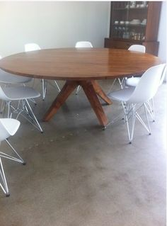 Round Dining Room Tables For Destroybmx Com