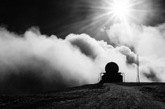 Dónde las nubes tocan la Tierra.   Flickr - Photo Sharing! #Nature #clouds #patagonia #blackandwhite #chile #landscapes