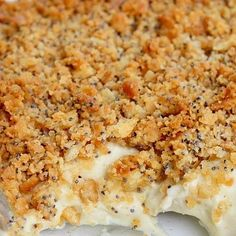 Ritz Cracker Chicken- Beverly makes this the best- but she calls it poppy seed chicken and its delish! Think Food, I Love Food, Good Food, Yummy Food, Poppy Seed Chicken Casserole, Poppyseed Chicken Recipe, Ritz Cracker Chicken Casserole, Simple Chicken Casserole, Gourmet