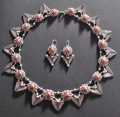 "Necklace "" Daisy meets triangle"" http://notwithoutmybeads.blogspot.co.at/"