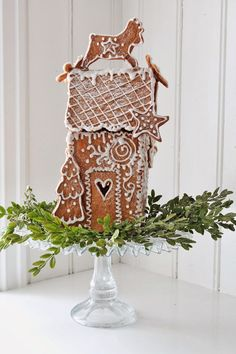 vibeke design~ gingerbread house to scent the room! Christmas Gingerbread House, Noel Christmas, Christmas Goodies, Christmas Treats, Christmas Baking, Winter Christmas, All Things Christmas, Christmas Decorations, Gingerbread Houses