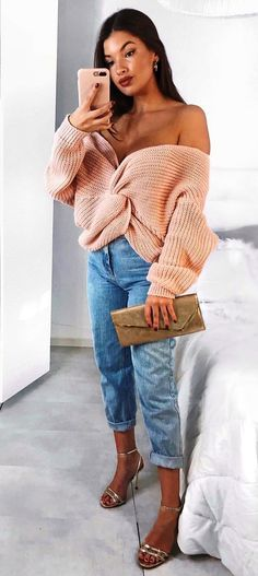 116d45a6d5d #fall #outfits women's beige cable knit off-shoulder sweater Skarpe  Outfits, Beige