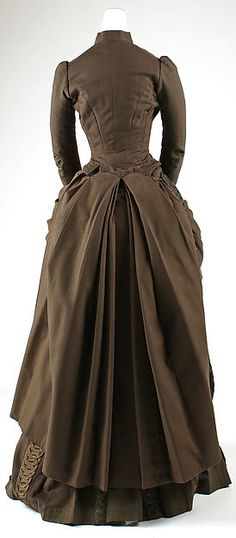 Ensemble Redfern  (1847–1940) Date: 1887–89 Culture: French Medium: wool, silk, cotton, metallic thread. Back