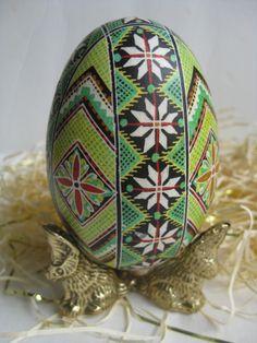 Pysanka, Ukrainian Easter Egg, batik style