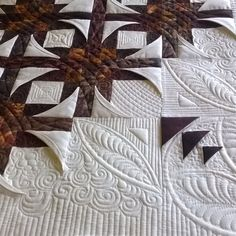 Mexican Star - pieced and quilted at Little House Creations