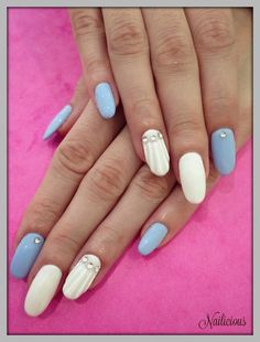 White & Blue with Seashell Nail Art