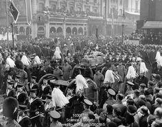 King George V's funeral, scenes at Paddington Station