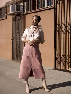 Make-up: la vagabond dame blogger shirt skirt shoes nalieli blouse pink skirt zipped skirt midi