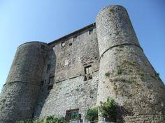 CASTELLO ROVERESCO Situato a Ronciglione (VT)