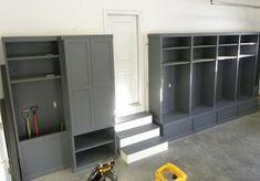 21 Garage Organization And DIY Storage Ideas - Hints And Tips Garage Shop, Garage House, Mud Room Garage, Garage Walls, Garage Entryway, Garage Cabinets, Room Above Garage, Wooden Cabinets, Garage Bench