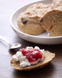 Gold 1, Low Carb Bread, Bread Rolls, Pie, Desserts, Recipes, Food, Torte, Tailgate Desserts