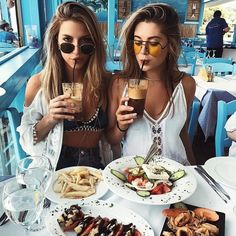 •Pinterest : @vandanabadlani• Fashion, image, outfit, street style, hipster, teen, body goals, Pretty Beauty, girl, girly, hair, makeup, love, icon, eyelash, brows, hairstyle, nails, fashion, style, girl inspiration, gorgeous people, image, cute, lush, life  Bff goals, best friend, girl friends, travel, love, image, cute, lush, life, zoomberg