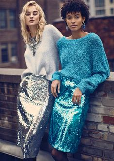 Sequins for winter ❄️ Look Fashion, Fashion Art, Fashion Outfits, Womens Fashion, Fashion Trends, Insta Look, Evening Outfits, Partys, Holiday Outfits
