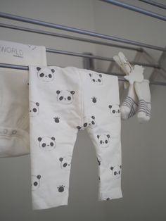 Kuistin kautta: Pikkuista pyykkiä ja kurkistus vauvan vaatekaappiin