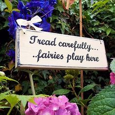 Vintage Style Garden Sign... cute sign.