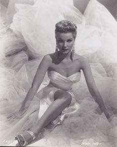 Debra Paget, 1954.
