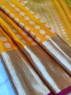 Discover recipes, home ideas, style inspiration and other ideas to try. Indian Bridal Sarees, Bridal Silk Saree, Soft Silk Sarees, Saree Wedding, Saree Kuchu Designs, Silk Saree Blouse Designs, Saree Color Combinations, Kanchipuram Saree, Kanjivaram Sarees