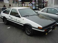 Corolla/Sprinter Trueno AE-86    And yup, this one's an Initial-D replica.