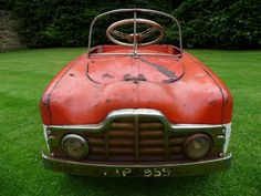 1950s Rare Tri-ang Zephyr Duotone Pedal Car Barn Find - http://www.ebay.co.uk/itm/371183042464?clk_rvr_id=727469495623