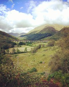 All aboard wizards  ! Got on the train  to #Poudlard magic school. -- #glenfinnan #glenfinnanviaduct #harrypotter #poudlardexpress #viaduct #bridge #scotland #forwilliam #scotspirit #lovescotland #igersscots #insta_scotland #instaharrypotter #scotlwnd #ecosse #traveleurope #travelscotland #igersedinburgh #instaboy #landscape #easyjet http://ift.tt/2hxLZf9