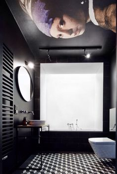 Moody modern bathroom with amazing classic ceiling art - girl with the pearl earing