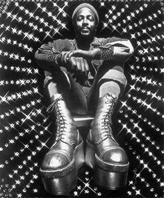 Marvin Gaye http://www.vogue.fr/culture/a-ecouter/diaporama/la-playlist-de-georgia-may-jagger/14473/image/805465#!marvin-gaye
