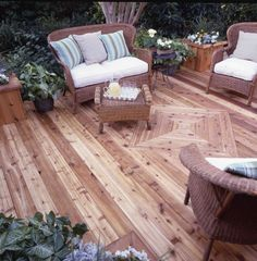 New Cedar Deck Protected From Water Damage By Thompson S Seal Plus Clear Wood Protector