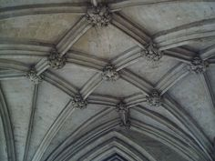 winchester nave aisle
