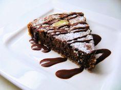Chocolate and pear cake/Suklainen Päärynäkakku