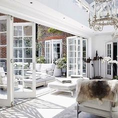 Looking for new trending french door ideas? Find 100 pictures of the very best french door ideas from top designers. Outdoor Living Areas, Indoor Outdoor Living, Outdoor Rooms, Living Spaces, Style At Home, Patio Interior, Interior Design, French Interior, Home Fashion